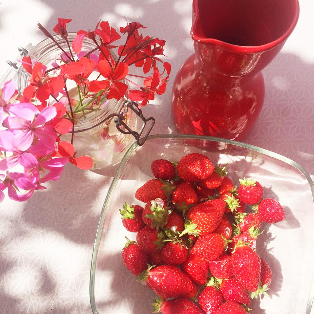 Chouette, des fraises en dessert