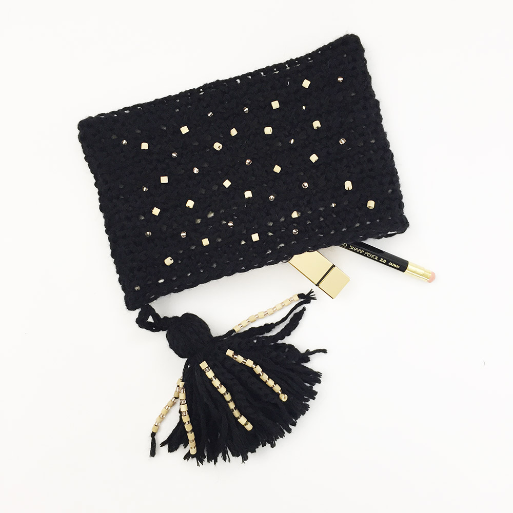 Couture-tricot-crochet-pochette-kit-crochet-black-1000