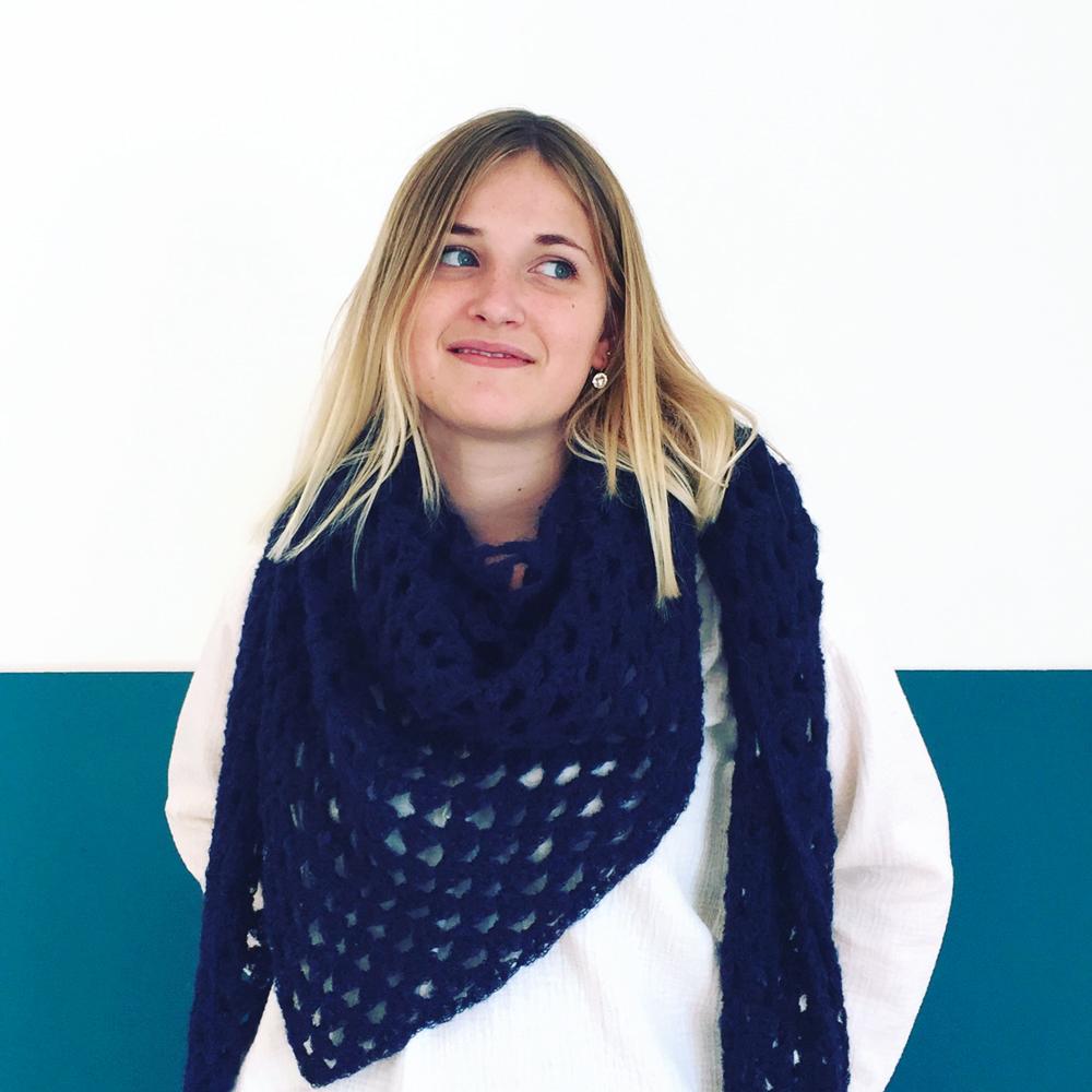 pointe-crochet-marine-1000
