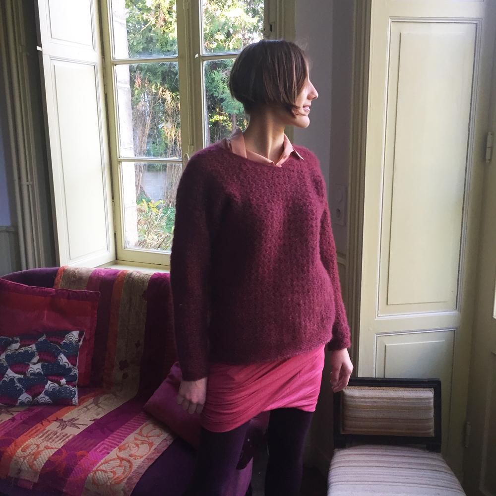 jupe-drapee-et-pull-crochet