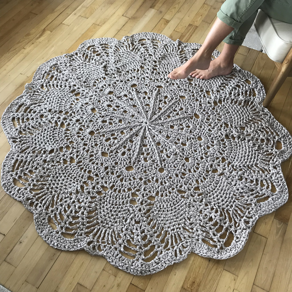 kit crochet tapis g ant chouette kit. Black Bedroom Furniture Sets. Home Design Ideas